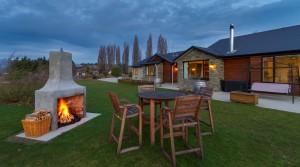 Wanaka Alpine Lodge B&B and Apartment