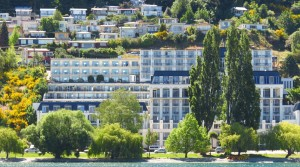 Queenstown lakefront – Rydges Hotel