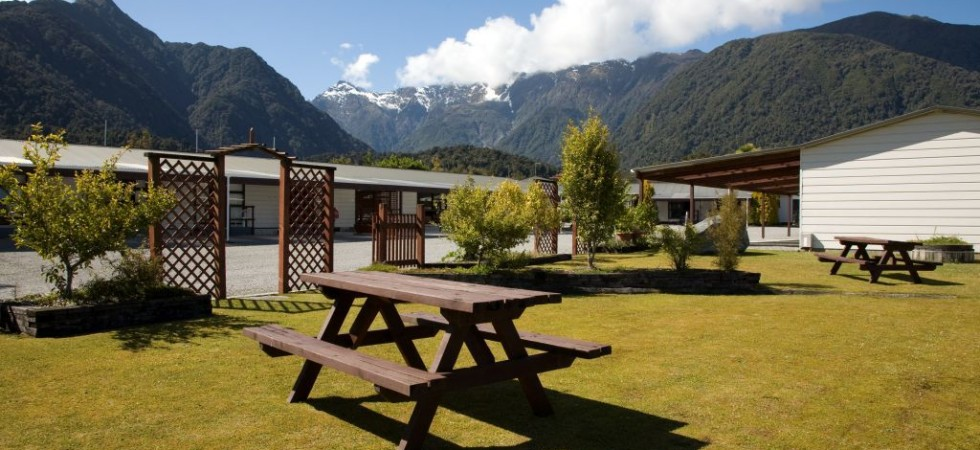 Accommodation Fox Glacier – Lake Matheson Motel
