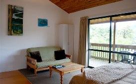 Lochmara-loge-accommodation-Marlborough-sounds-weka-and-tui-chalet