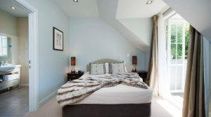 Luxury Accommodation in Russell – Chapel Cottage