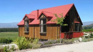 Unique Self Contained Cottage Accommodation – Lake Hawea, Wanaka